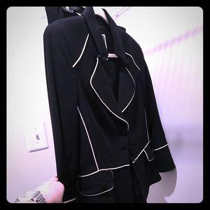 Stunning black suit!